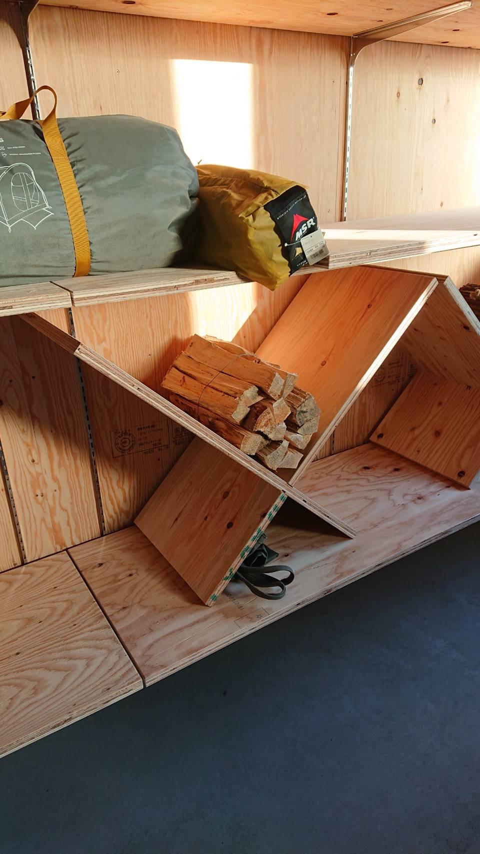 オシャレな薪置き台を作成しました画像